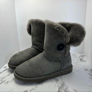 Ugg Bailey Button Classic Short Boot Gray